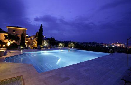 Charmiga hotell korsika topp 10 romantiska hotell p korsika for Designhotel korsika
